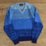 ALVIN JOSEF Gradation Knit V-Neck Sweater